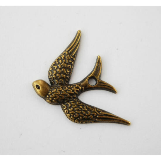 Fecske charm bronz-Nikkelmentes!