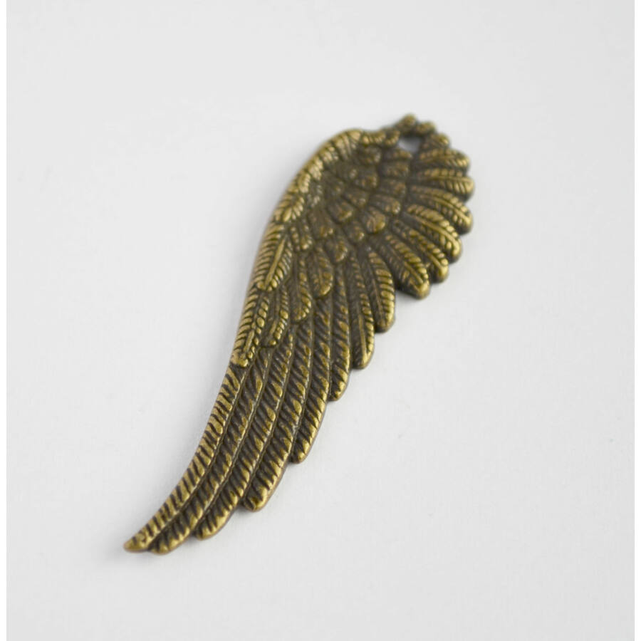 Élethű szárny charm balos
