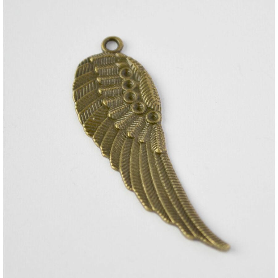 Strasszal díszíthető szárny charm