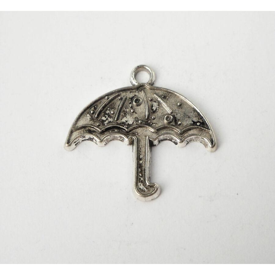Esernyő charm