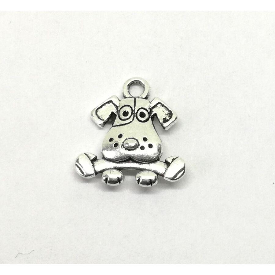 Kutya csonttal charm 2 oldalas ezüst