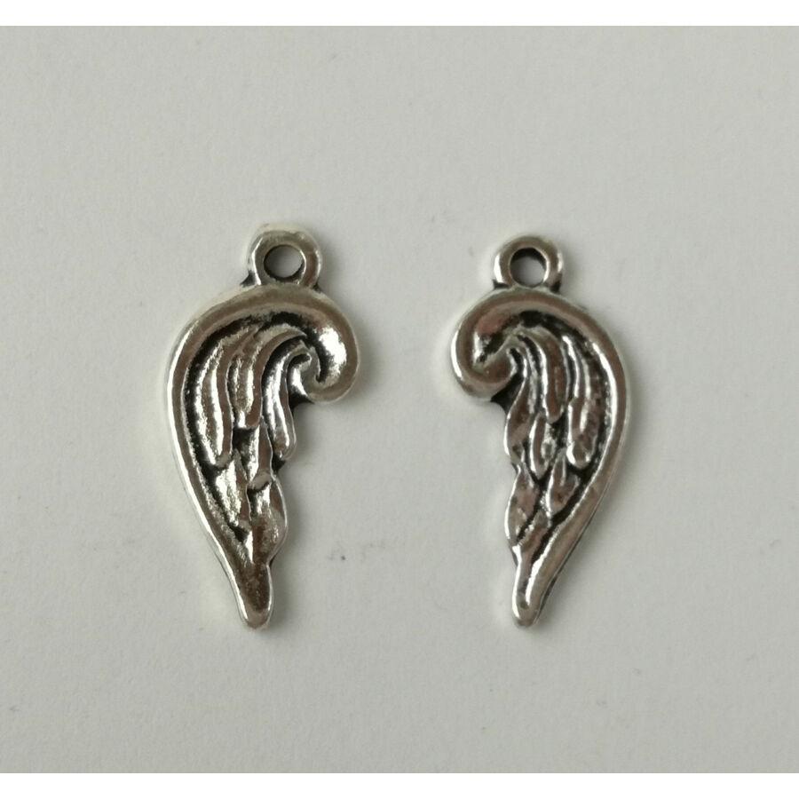 Mini szárny charm ezüst